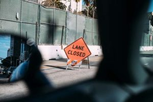 closed-construction-road-305264